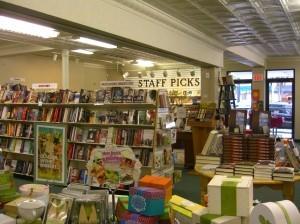 Doylestown Bookshop©booksandbuttons