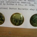 "Schiaparelli photo button 1 1/8"" ©booksandbuttons"