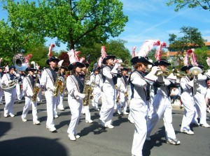 Central Bucks East marching band Memorial Day 2014 ©booksandbuttons