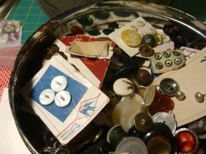 inside the button box ©booksandbuttons