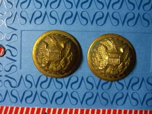 Closeups of two of the larger Indian Wars buttons ©booksandbuttons